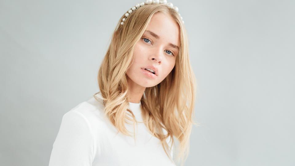 أبرز صيحات الموضة الخاصة بتسريحات الشعر لعام 2020
