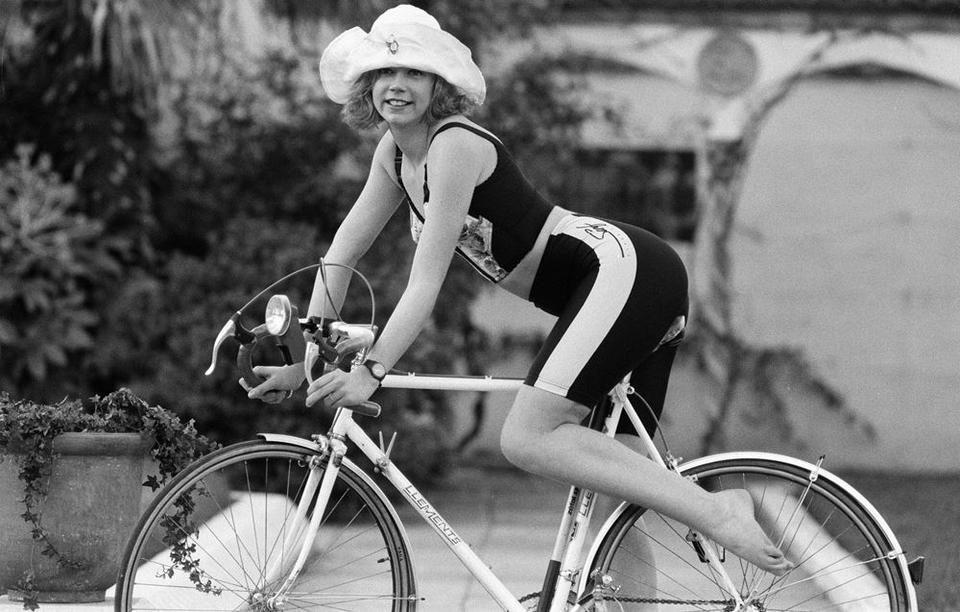 عودة شورت ركوب الدراجات بقوة أكثر من أي وقت مضى!