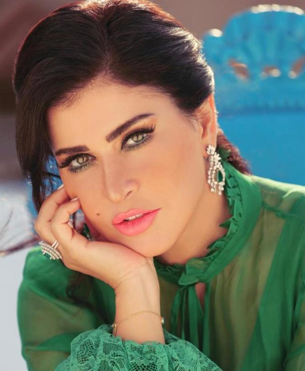 جومانا مراد تقع في غرام مراد يلدرم في هذا المسلسل