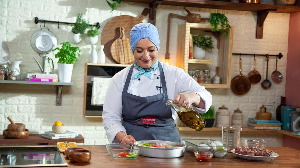 الشيف منال العالم لبازار عن خلق الذكريات وتطبيق المطبخ العبقري