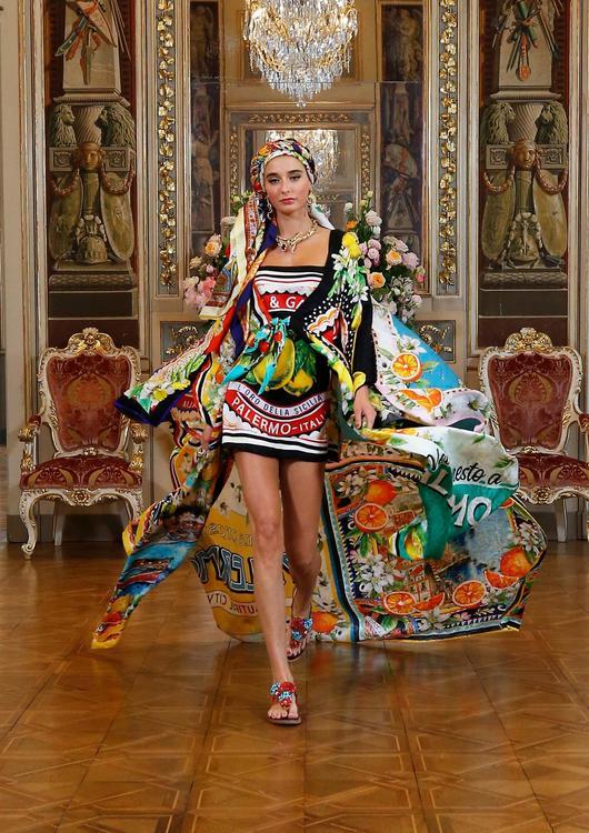 دولتشي أند غابانا تكشف عن مجموعة آلتا مودا للأزياء الراقية عبر منصة إلكترونيّة
