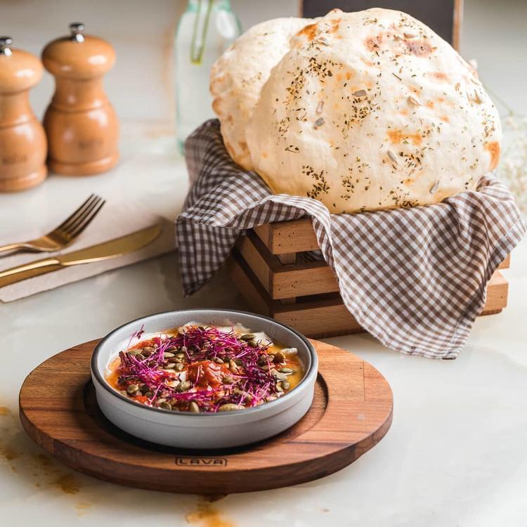أشهر مطاعم الكويت يتيح لكم فرصة تذوق وصفات أحمد الزامل في الرياض