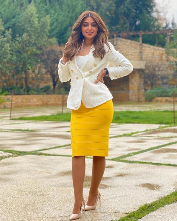 5 نصائح أساسيّة لتنسيق الأزياء حتى تبدين أطول