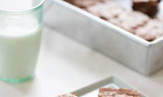 اليك وصفة كريس جينر الشهيرة لكعكة البراوني
