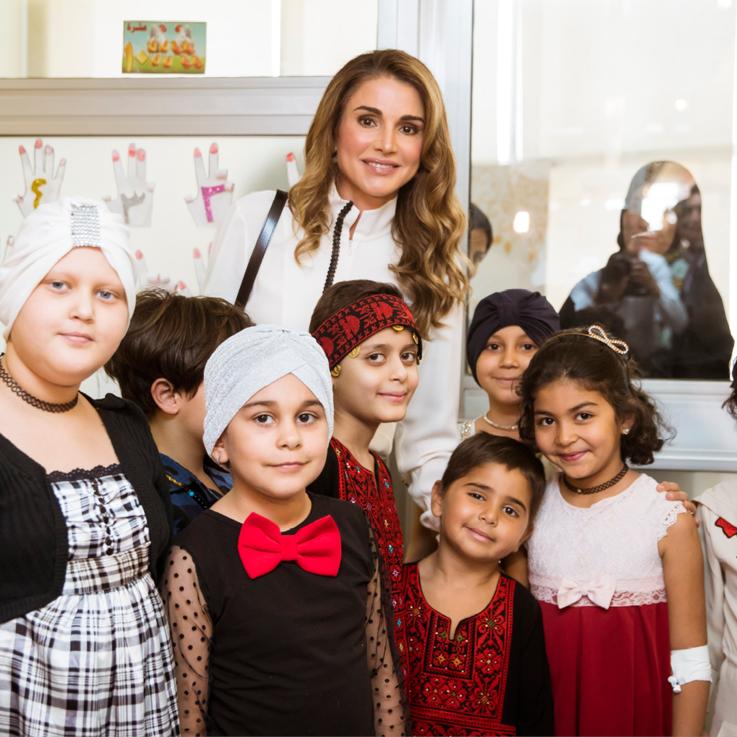 الملكة رانيا تزور مدينة الحسين الطبية وتتابع فقرات متحف الأطفال في مستشفى الملكة رانيا للأطفال