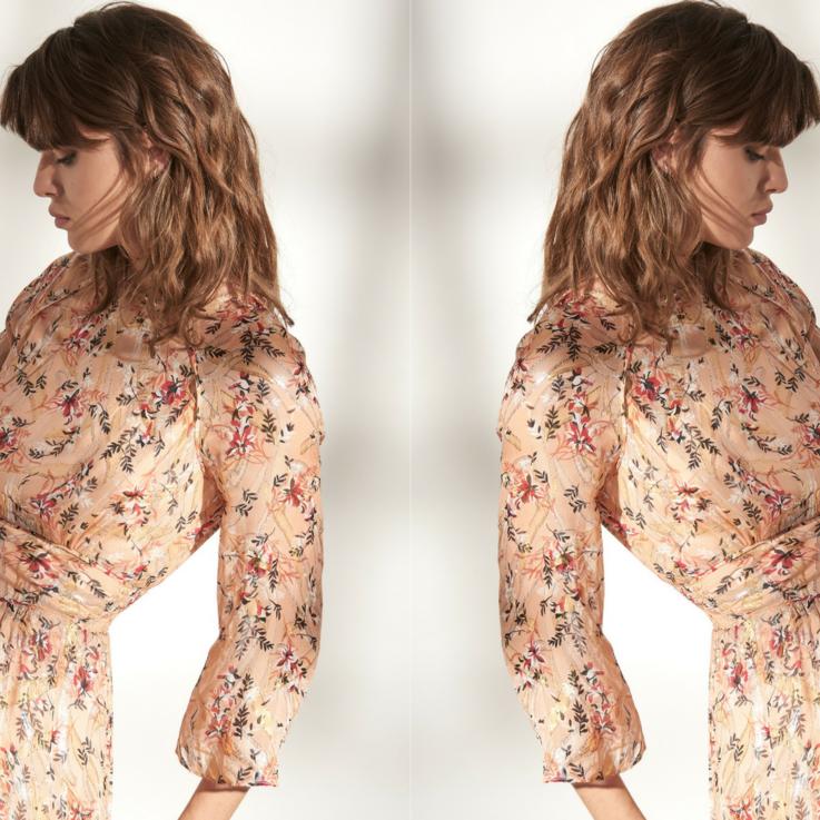 علامة ba&sh تطرح تشكيلتها الجديدة من الأزياء المحتشمة
