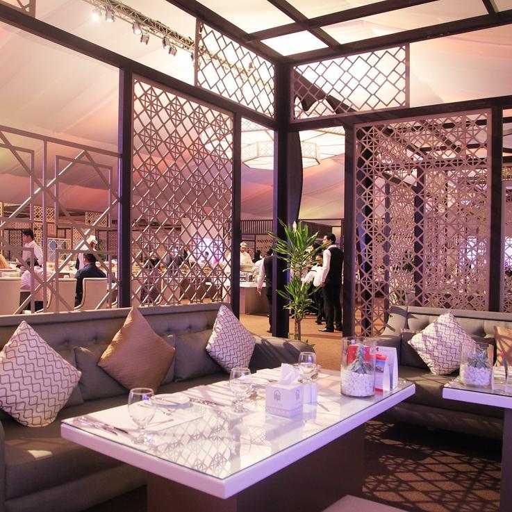 خيمة سرايا في أفينيو البوابة تعود إلى دبي في رمضان وترحب بضيوفها للاستمتاع بأجواء الفخامة