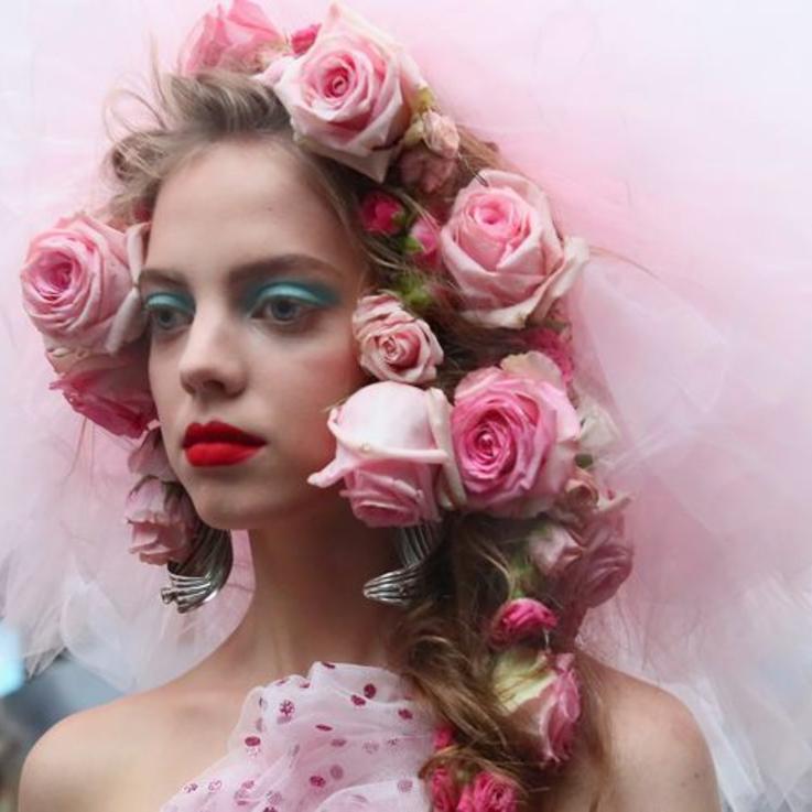 أجمل إطلالات الشعر مباشرة من عروض أسبوع الموضة في نيويورك لموسم الربيع والصيف 2019