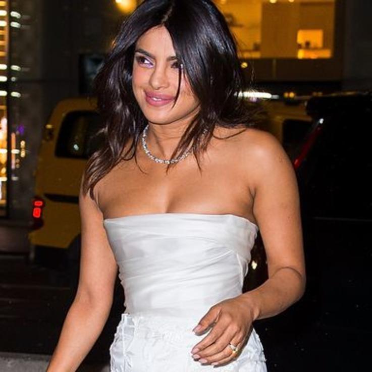 بريانكا شوبرا تقيم حفل ما قبل الزفاف في Tiffany & Co