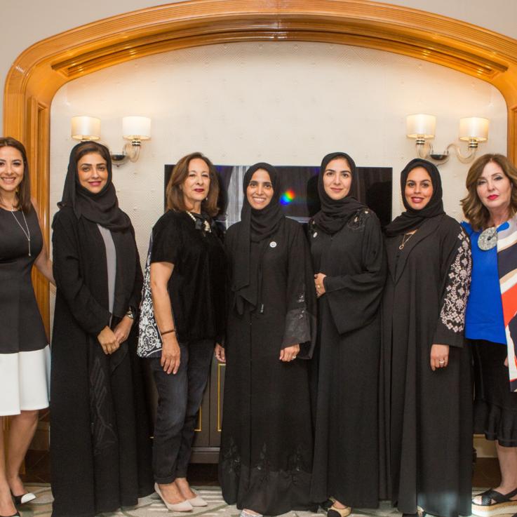 أعضاء لجنة تحكيم جوائز المرأة العربية في الإمارات العربية المتحدة يجتمعن للمرة الأولى