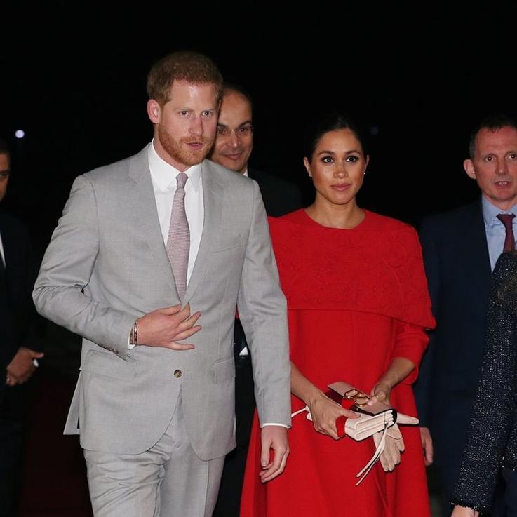 الأمير هاري يصل برفقة زوجته إلى المغرب في زيارة رسمية