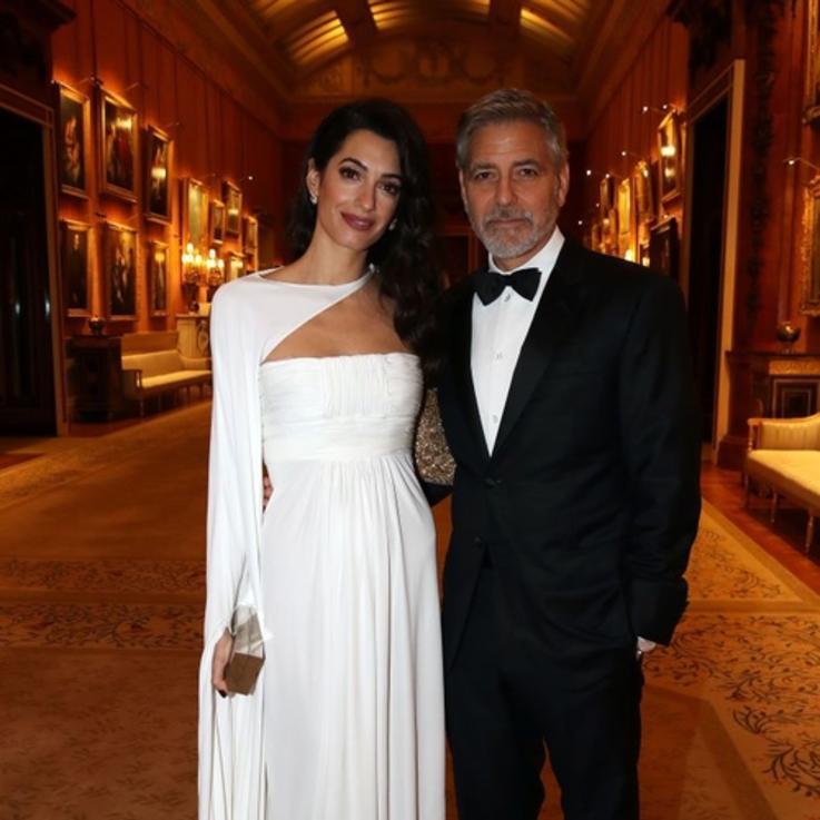 أمل وجورج كلوني يحضران حفل عشاء الأمير تشارلز الخيري