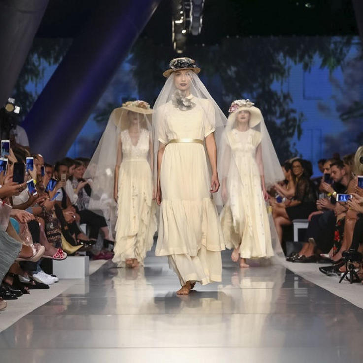 أسبوع الموضة العربي ينطلق من جديد في دبي وإليك كل ما سيدور خلاله هذا الموسم