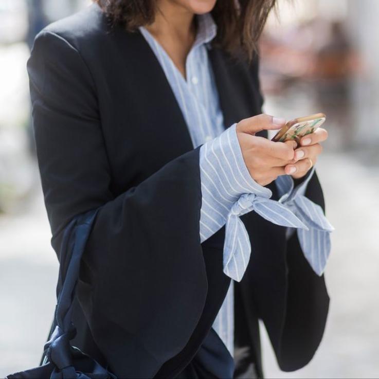 هل تعانين من الاكتئاب جراء الإنفصال عن الهاتف؟