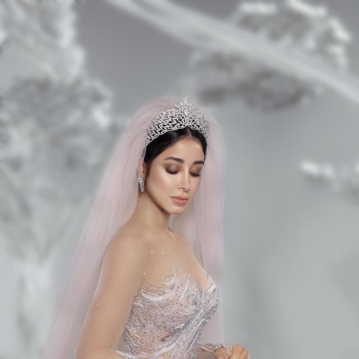 أسيل عمران حصرياً لبازار في فستان العرس ليلة عيد ميلادها