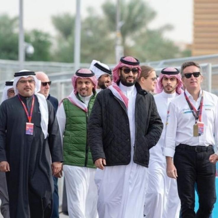 جاكيت ولي العهد السعودي يتصدر قائمة الأكثر تداولاً على التويتر