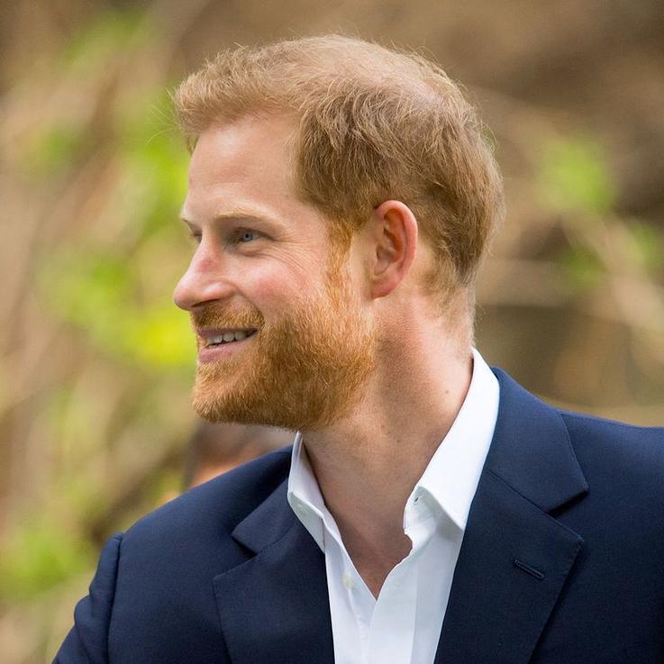 الأمير هاري يدلي بتصريحه الأول بعد تخليه عن منصبه الملكي
