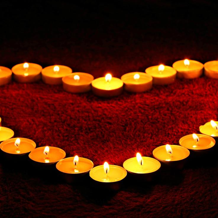 أفضل 10 أغانٍ عربية يمكنك الإستمتاع إليها في عيد الحب هذا