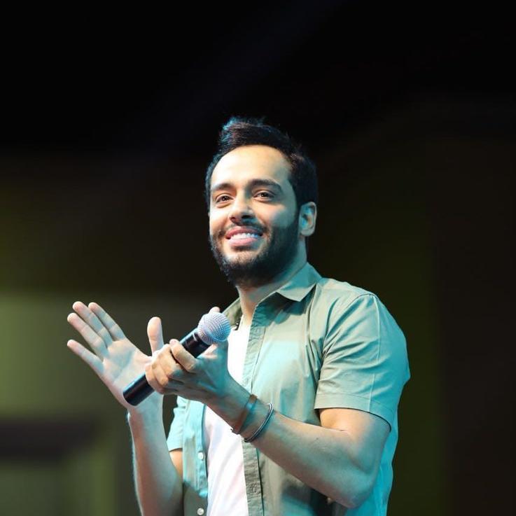رامي جمال يجمع النجوم في أغنية جديدة