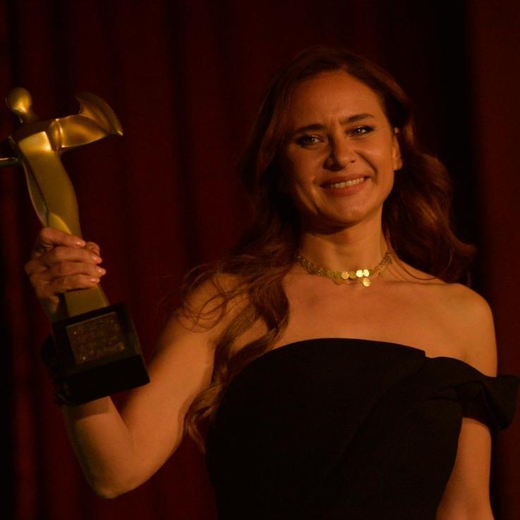نيللي كريم تخطف الأنظار في مهرجان أسوان الدولي لأفلام المرأة