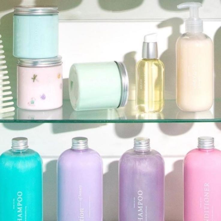 هل يجب عليك تبديل شامبو شعرك العادي لشامبو خالي من الكبريتات ؟