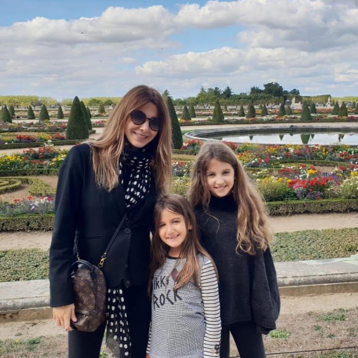 نانسي عجرم و ابنتها يُظهران مواهبهما التمثيلية