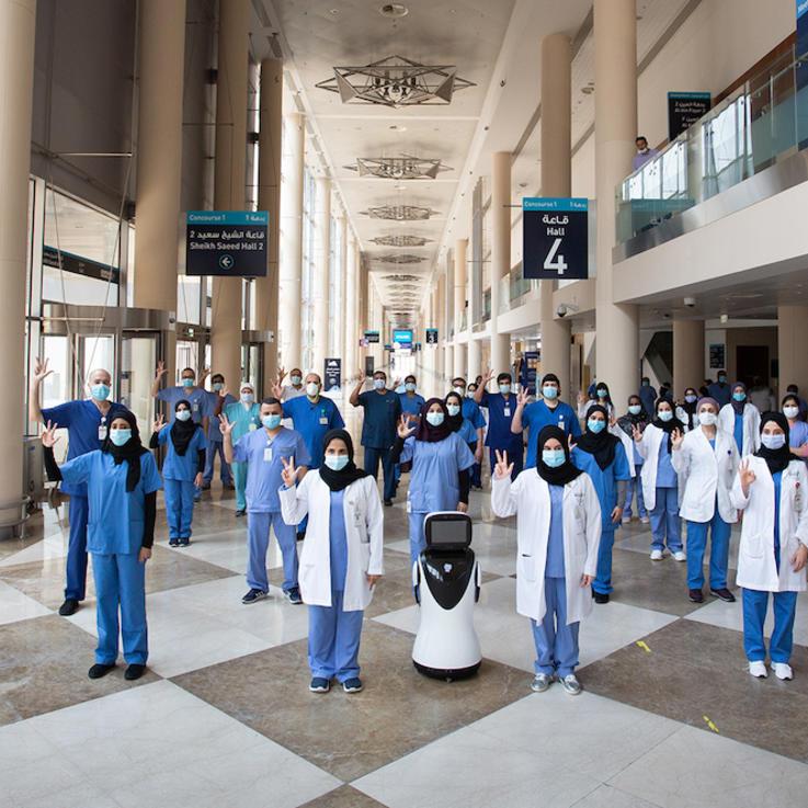 دبي تحتفل بشفاء آخر مريض كورونا ونفتح مطارها لاستقبال السياح