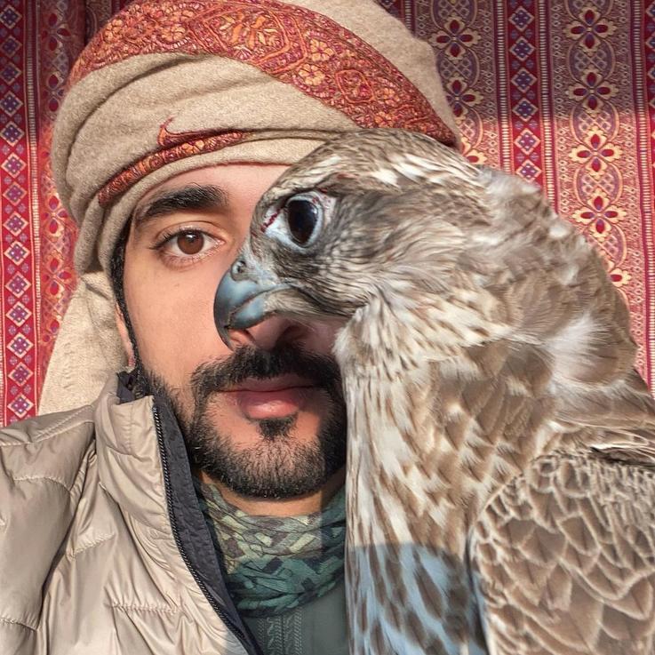 ألبوم صور العالم بعدسة الشيخ حمدان بمناسبة عيد ميلاده