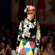 Moschino-Spring-Summer-2019-Womenswear-Resort-Collection---Look-03.png