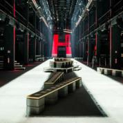HUGO-BOSS_برلين_عرض-أزياء-(1).png