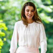 -الملكة-رانيا-العبدالله-(5).png