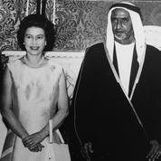 sheikh-rashed-and-queen-elizabeth-1969.jpg