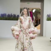 giambattista_valli_hc1819_look34.jpg