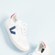 الأحذية-الأكثر-رواجاً-على-الإنترنت-خلال-2018-(7).png
