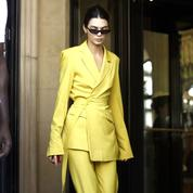 September-2018-Kendall-Jenner-embraced-brights-in-a-yellow-suit-from-House-of-Holland,-when-out-in-Paris..jpg